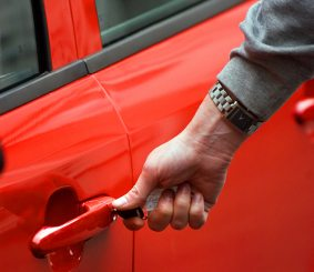 Should You Use An Automotive Rewards Credit Card To Buy A Car